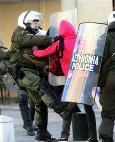 Dansons tous le sirtaki sur les cendre du capitalisme. (3) grece61